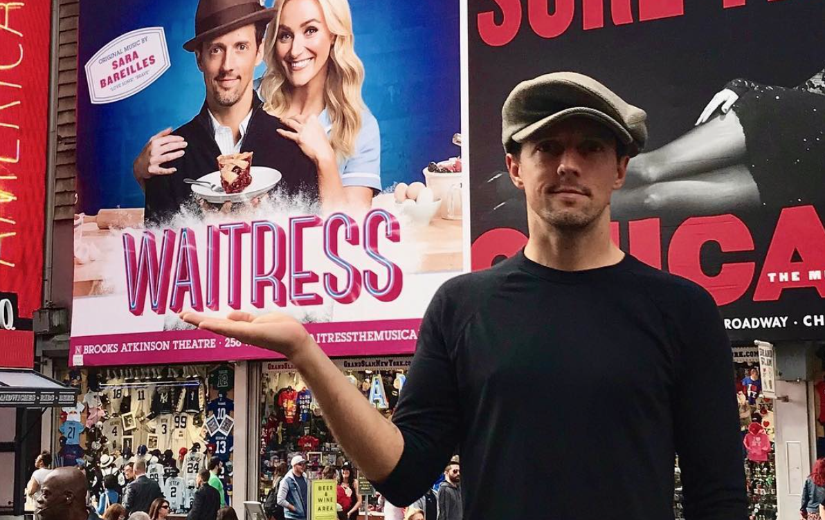 Jason Mraz Makes His Broadway Debut in 'Waitress'